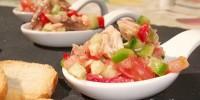 Salada de filetes de cavala com pimenmtos tomate e pepino (1)mod